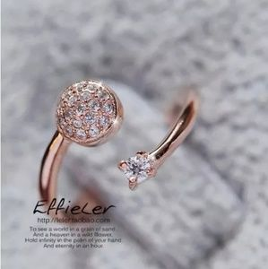 Jewelry - Sparkling Round Rhinestone Ring